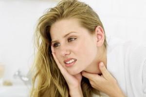 dor de garganta e febre