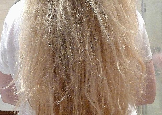 cabelo amarelado como corrigir