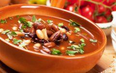 Receitas de Caldos Saudáveis Para Auxiliar na Dieta