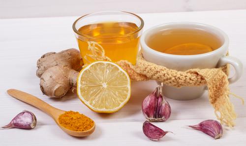 chá de alho com limão