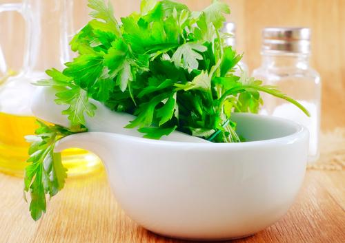 Benefícios do Chá de Salsa