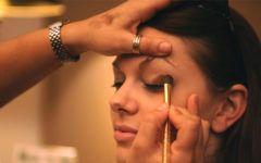 5 Dicas De Maquiagem Para Valorizar Os Olhos.