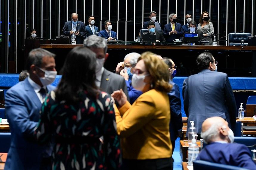 Renda cidadã: os obstáculos em volta do programa de Bolsonaro