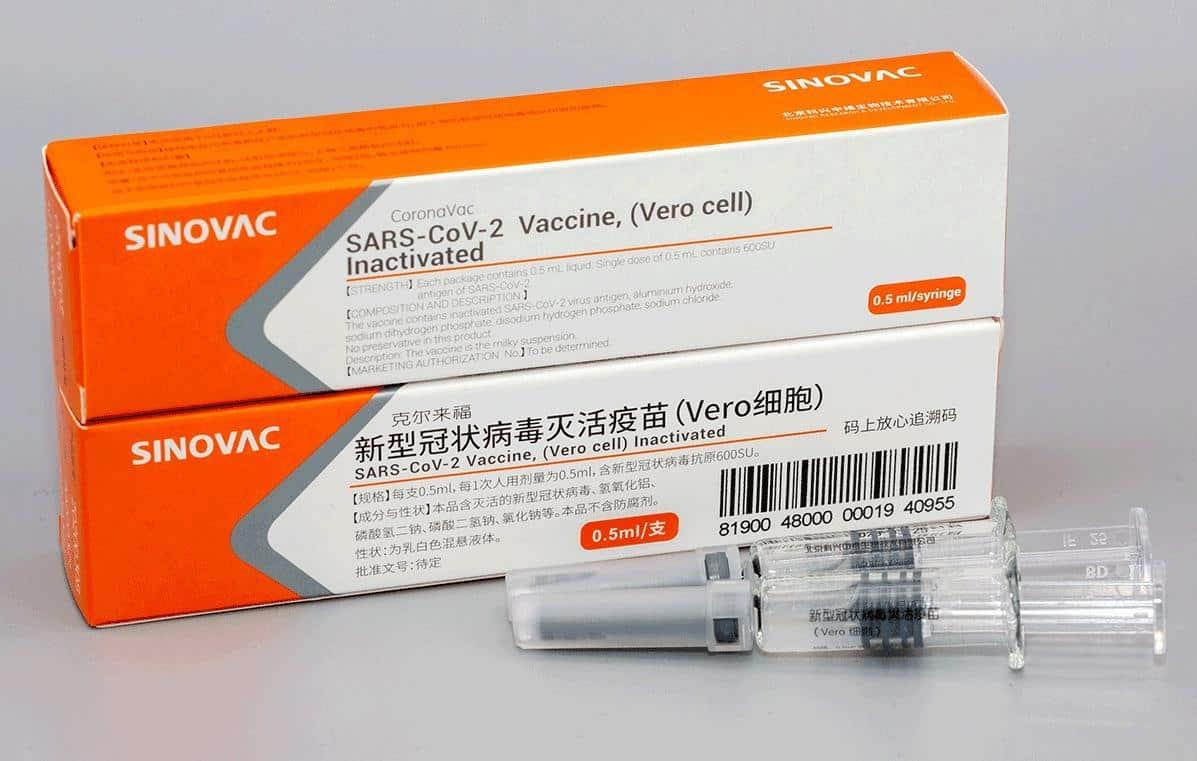 Pesquisa estima que 46% dos brasileiros não tomariam a vacina chinesa contra a Covid-19