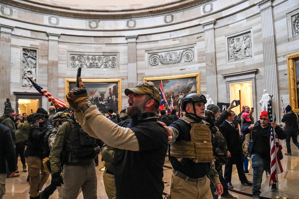 Episódios violentos de ataques e invasão ao Capitólio dos EUA